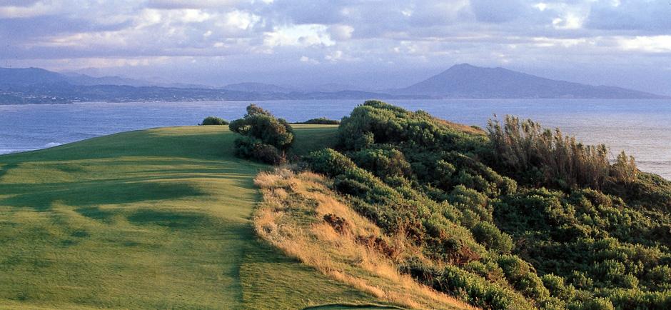 golf d'ilbarritz : vue sur la mer et l'espagne - le jaizkibel
